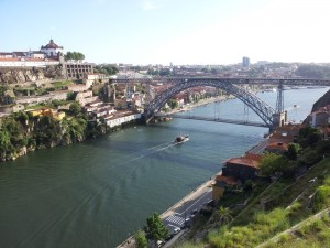 Lisbon Airport transfers to Porto city & Porto Airport